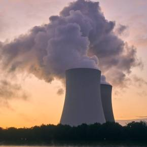 Potential Benefits and Costs of US Backed Nuclear Power Plants Abroad